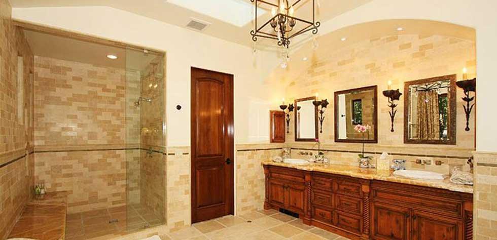High end bathroom design los angeles luxury bathroom for High end bathroom designs